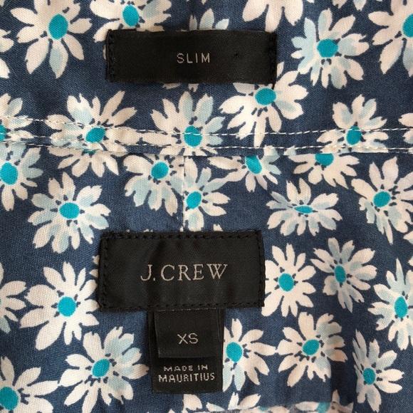 J. Crew Tops - J Crew Floral Button Down XS Slim